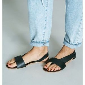 🆕 Free People Leather Flat Sandals